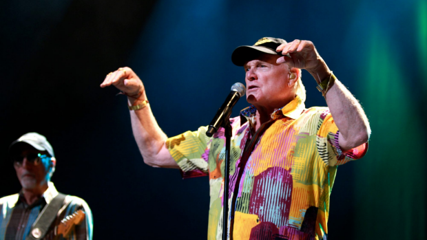 Article image for Ross Greenwood with Beach Boys founding member Mike Love