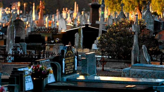 Article image for YOUR TOWN: 3AW Drive visits Melbourne General Cemetery