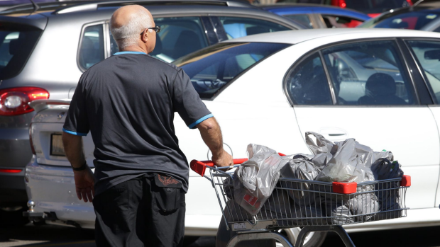 Article image for ROSS AND JOHN'S JURY: Should plastic bags be banned in supermarkets?