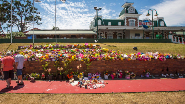 Article image for Dreamworld cancels plans to re-open on Friday