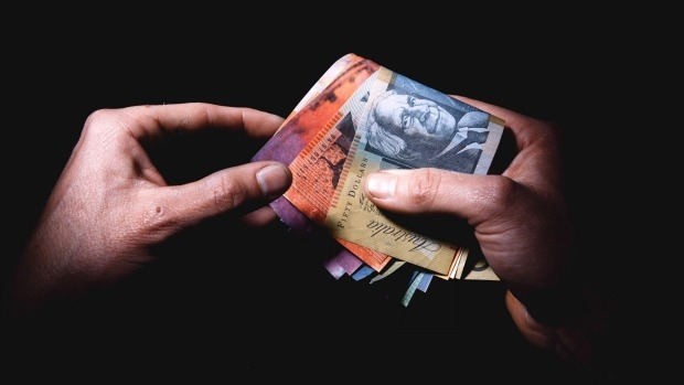 Article image for Punters warned of scam ahead of Melbourne Cup day