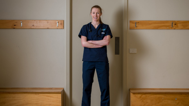 Article image for Bulldog puts medical career on hold to join AFL Women's league