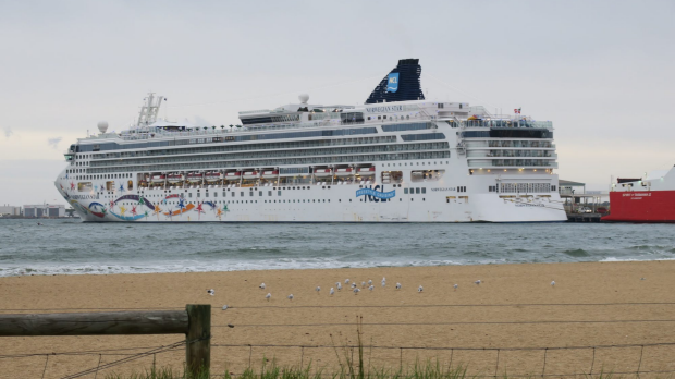 Article image for RUMOUR FILE: The Norwegian Star had mechanical issues before it departed Melbourne