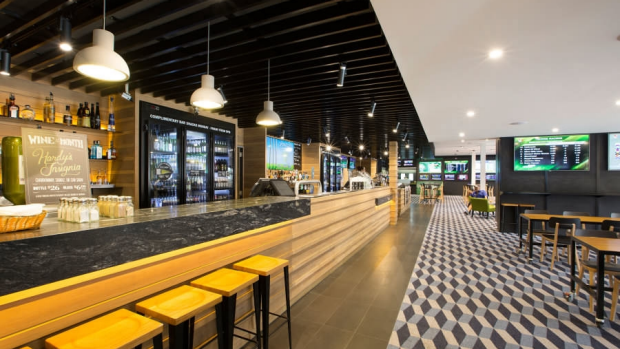 Article image for Pub Of The Week review: Tony Leonard visits the Pascoe Vale Hotel
