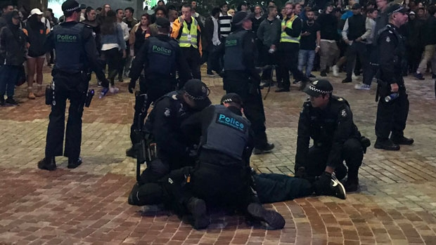 Article image for 3AW Breakfast gets a first-hand account of the drama in the CBD on Saturday night