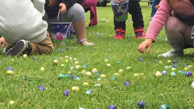 Article image for Thousands of kids take part in the annual Werribee Park Easter egg hunt