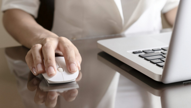 Article image for Research shows Australians are working from home more, taking work home