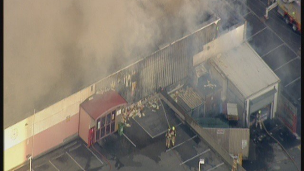 Article image for Large fire engulfs Little Saigon Market at Footscray