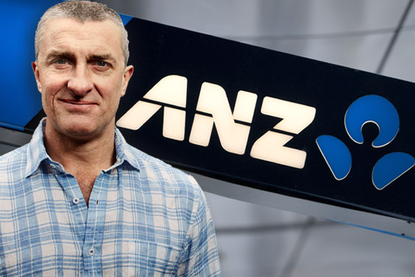 Article image for ANZ apologises after Tom Elliott says he received an 'off-putting' response