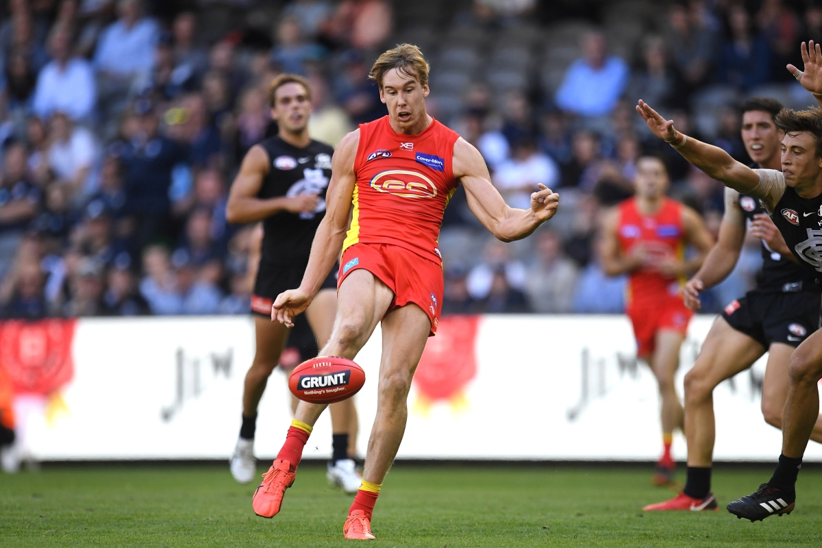 Article image for Lynch bags eight as the Suns crush Carlton