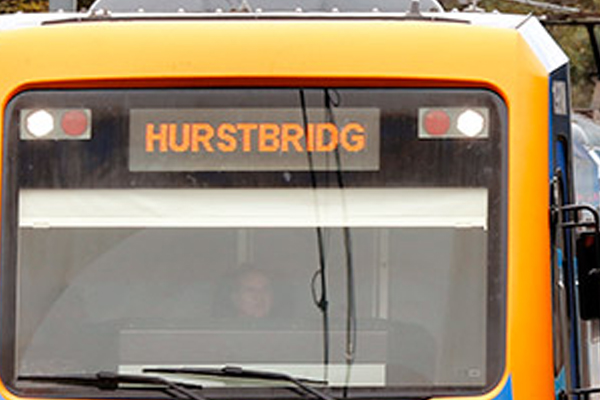Article image for 'Use the bus': Roads clogged up with Hurstbridge line shut down