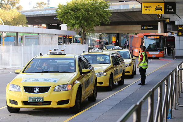 Article image for Cabbie claims cost-cutting to blame for long wait times at Melbourne Airport