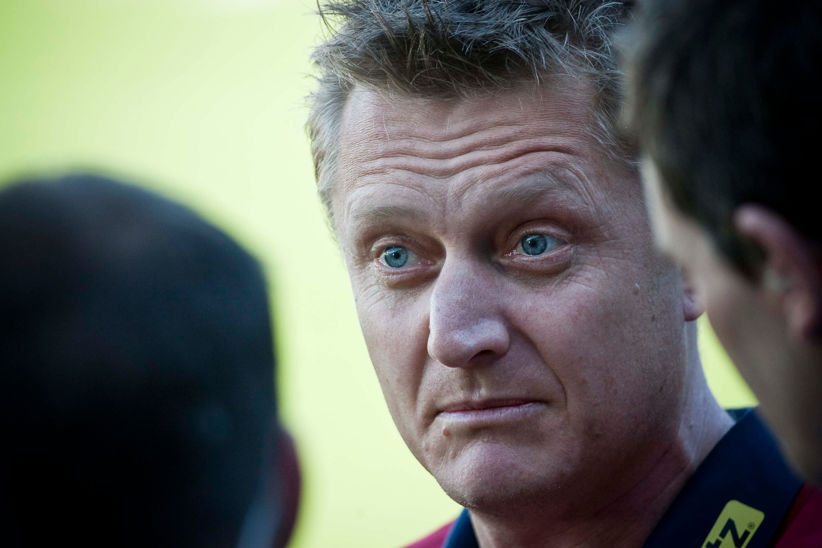 Article image for Mark Neeld quits role at Essendon following shock loss to Carlton