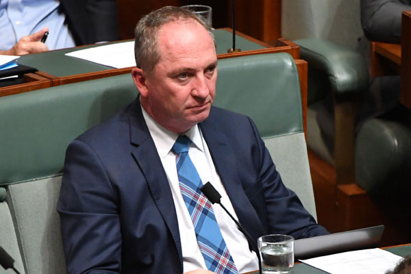 Article image for Barnaby Joyce's TV interview 'looks hypocritical': Neil Mitchell