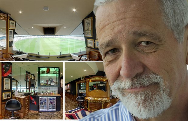 Article image for 'Great result!': Neil Mitchell auctions off superbox for Fight MND