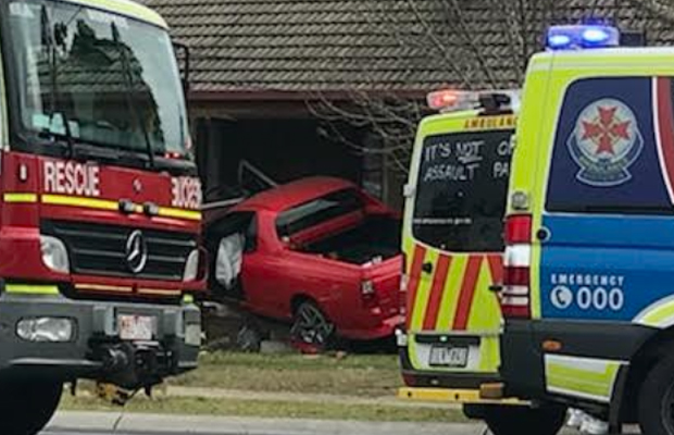 Article image for Red ute slams into Hoppers Crossing home