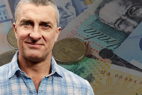 Article image for Tom Elliott rejects idea Australians are being 'ripped off' by their super funds