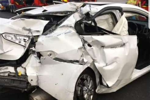 Article image for Ute driver flees after smashing into car at high speed on the Ring Road