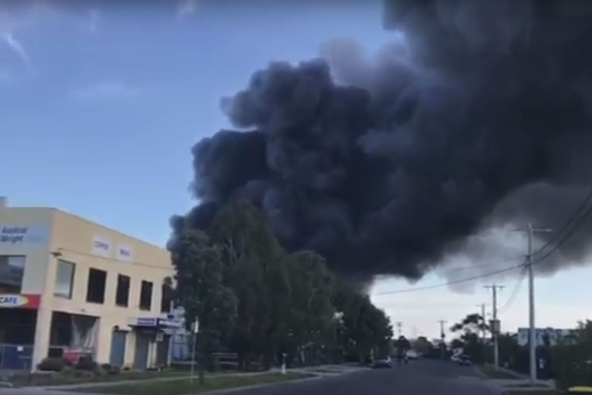 Article image for WATCH: Fire at a pasta factory in Somerton