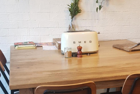 "Article image for Melbourne cafe reaches ""peak hipster"" by letting customers toast their own bread"