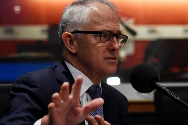 Article image for Gangs in Melbourne: Fresh barbs fly between the PM and Premier