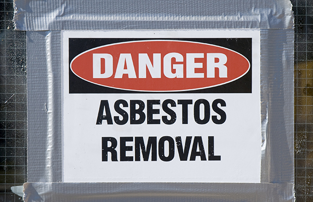 Article image for Angry parent reacts to more asbestos being found at Essendon North Primary