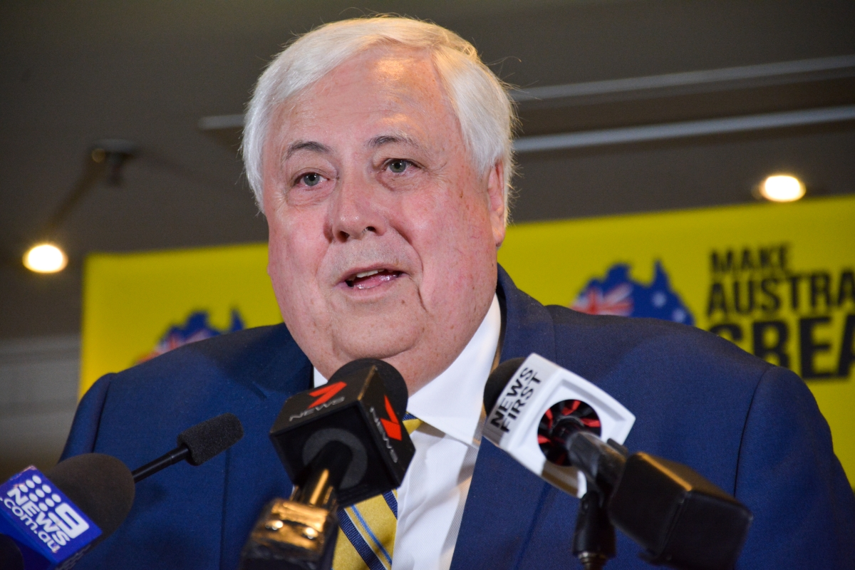 Article image for Clive Palmer spotted holidaying in Fiji