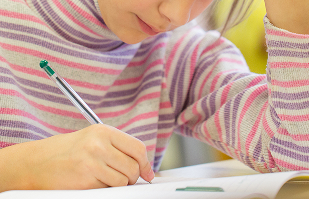 Article image for 'Everyone needs to stay calm': Schools sent Plan B amid NAPLAN concerns