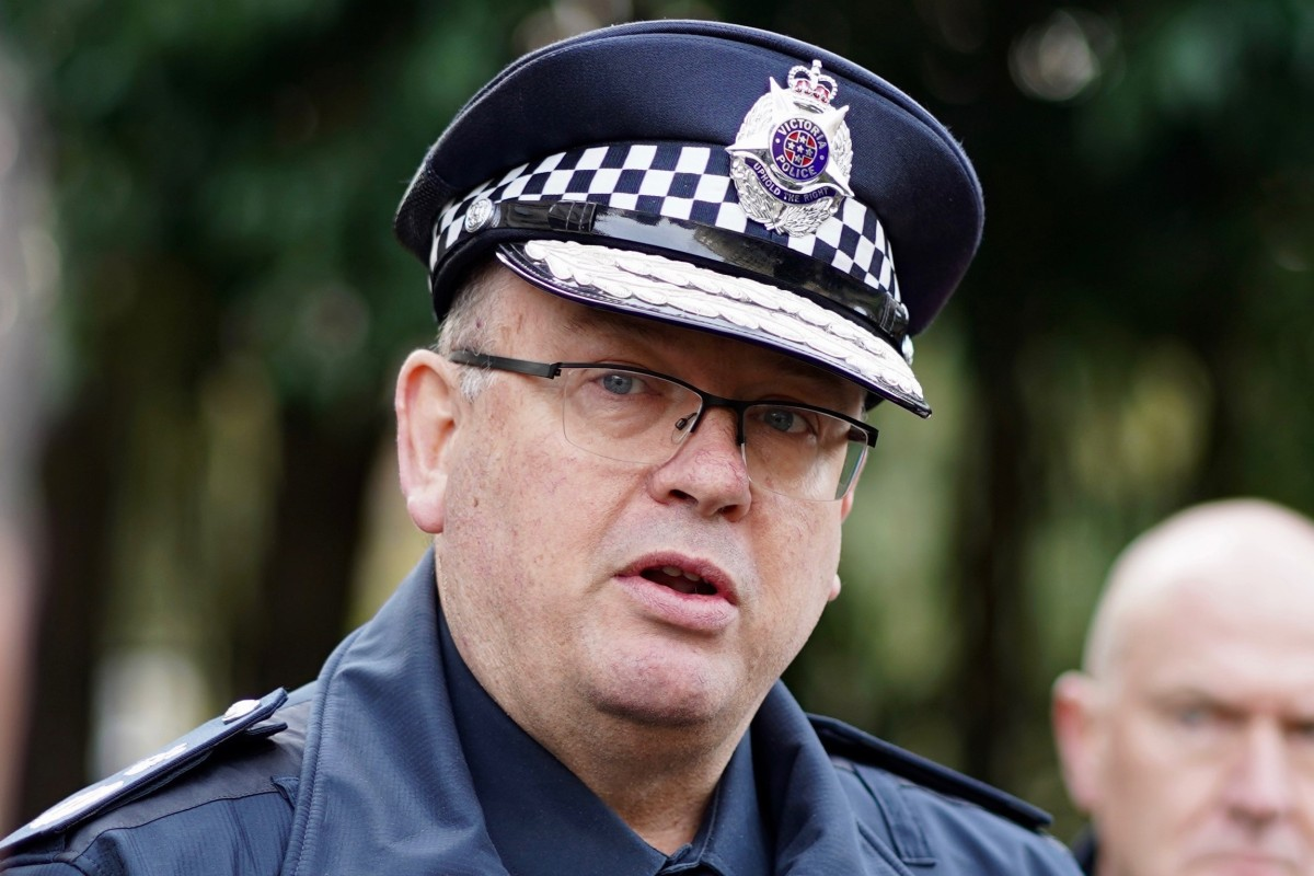 Article image for One hundred police redeployed to focus on Lawyer X, other operations 'absolutely' affected, top cop says