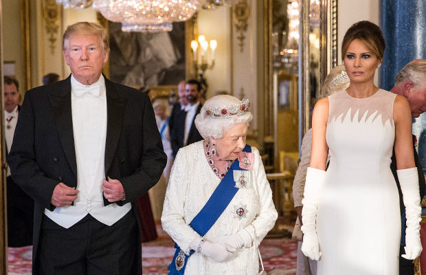 Article image for 'Stone cold loser': Trump attends Queen's banquet after barrage of angry tweets