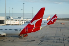 Qantas leaves hundreds of passengers stranded in the US after multiple cancellations