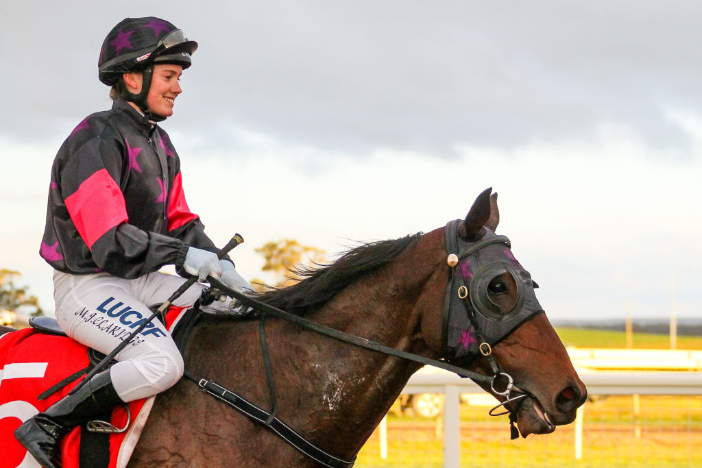 Article image for Jockey dead after tragic accident in Melbourne's south-east
