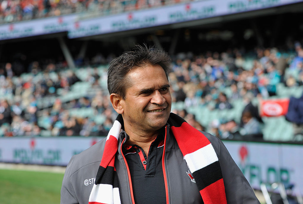 Article image for AFL icon Nicky Winmar escapes jail over drunken assault