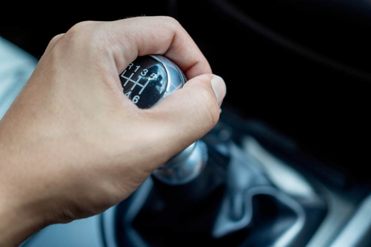 Article image for The death of the manual car: Holden ditches manual transmissions for popular vehicle range