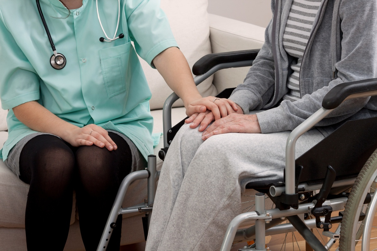 Article image for Doctors and nurses call for urgent action to fix aged care