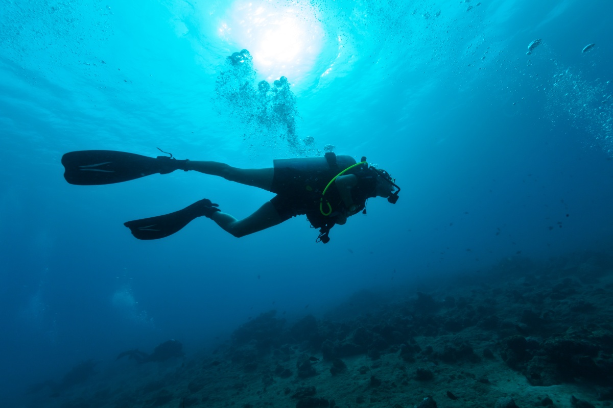Article image for Diver's 'brush with death' following minor coughing fit underwater