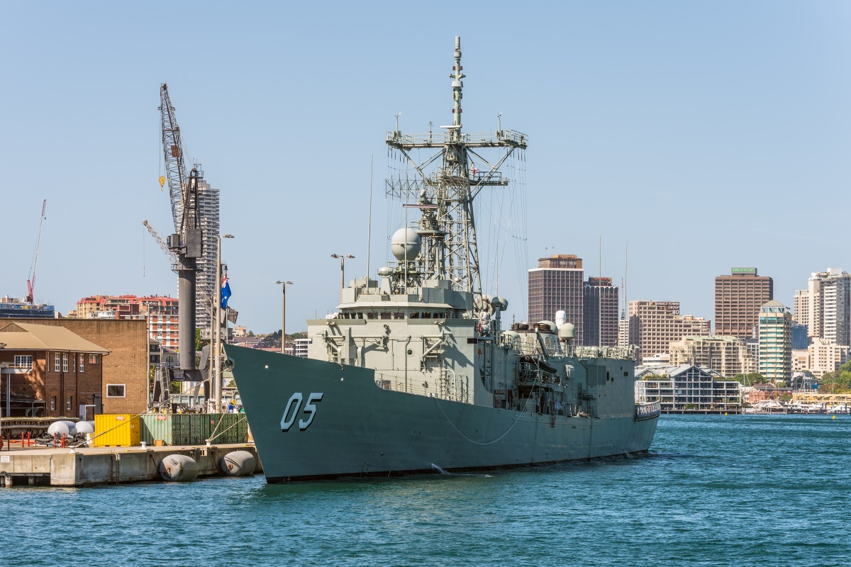 Article image for HMAS Melbourne arrives for the final time in its namesake city