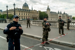Police murders: Four dead in Paris knife attack