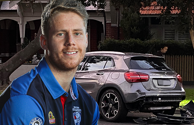 Article image for Bulldogs player Lachie Hunter to be charged after allegedly booze-fueled crash