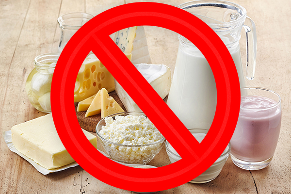 Article image for Melbourne primary school bans dairy products in 'unmanageable' allergy strategy