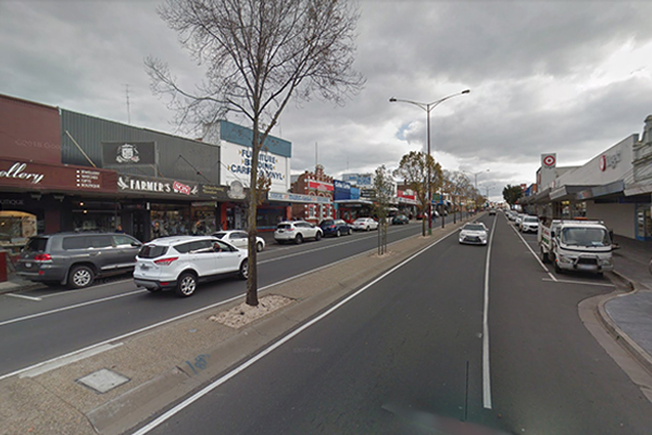 Article image for Colac mayor says new COVID-19 restrictions aren't the ones the town needs