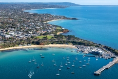 Mornington Peninsula camping ban to be 'reviewed weekly'