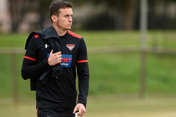 Article image for Essendon confirms Matthew Lloyd's injury mail