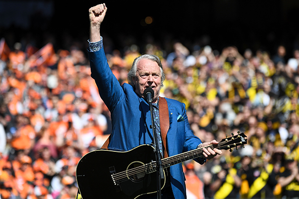 Article image for Neil asked, and the AFL listened: Mike Brady to perform on grand final day!