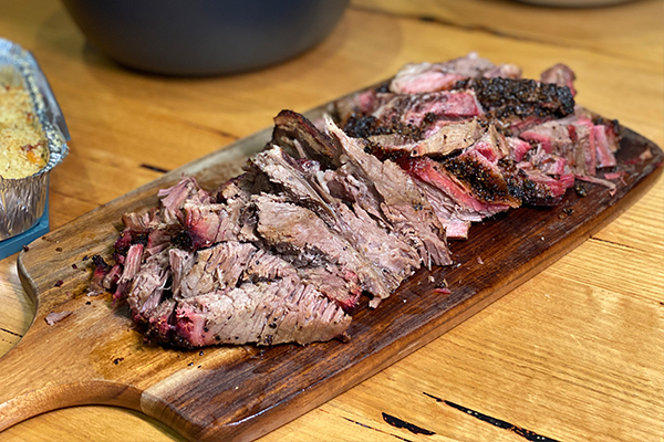 Article image for Kate reviews: Burn City Smokers — 'easy to prepare, and a lotta fun to eat'
