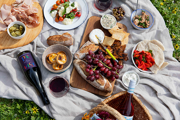 Article image for Kate's Week in Food: Pub favourites at home + picnic grazing boxes