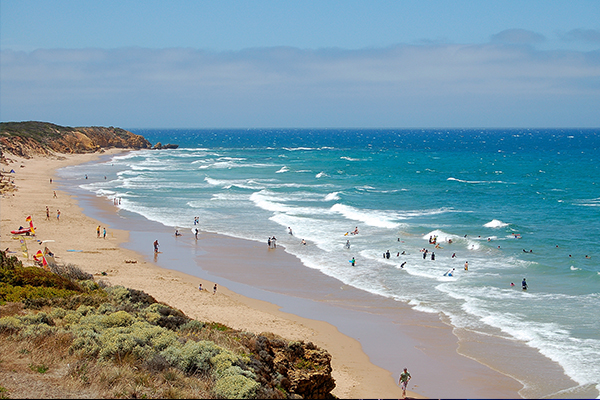 Article image for Great Ocean Road braces for expected influx of schoolies