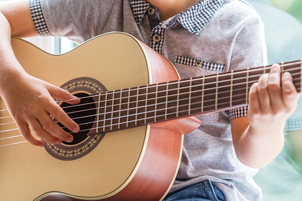 Article image for The six-year-old guitar prodigy that Neil Mitchell says is 'just extraordinary'