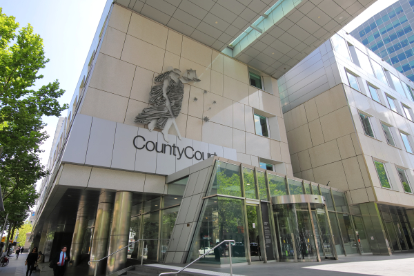 Article image for More than 700 jury trials awaiting hearing as COVID-19 court backlog blows out