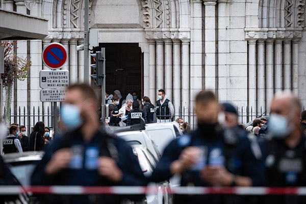 Article image for France attack: One beheaded, two fatally stabbed in church horror
